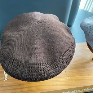 Other - Nice brown kangol hat authentic